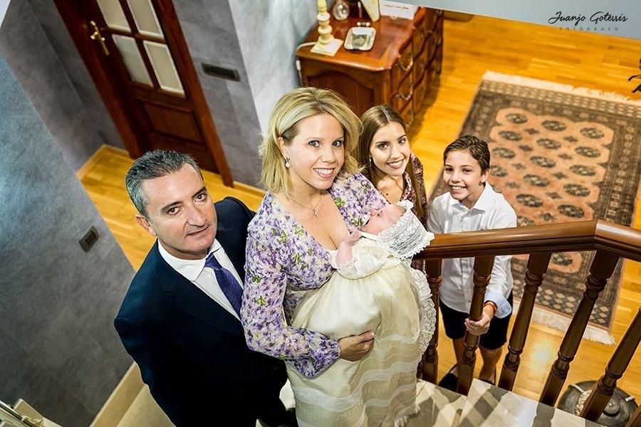 reportaje-bautizo-en-casa