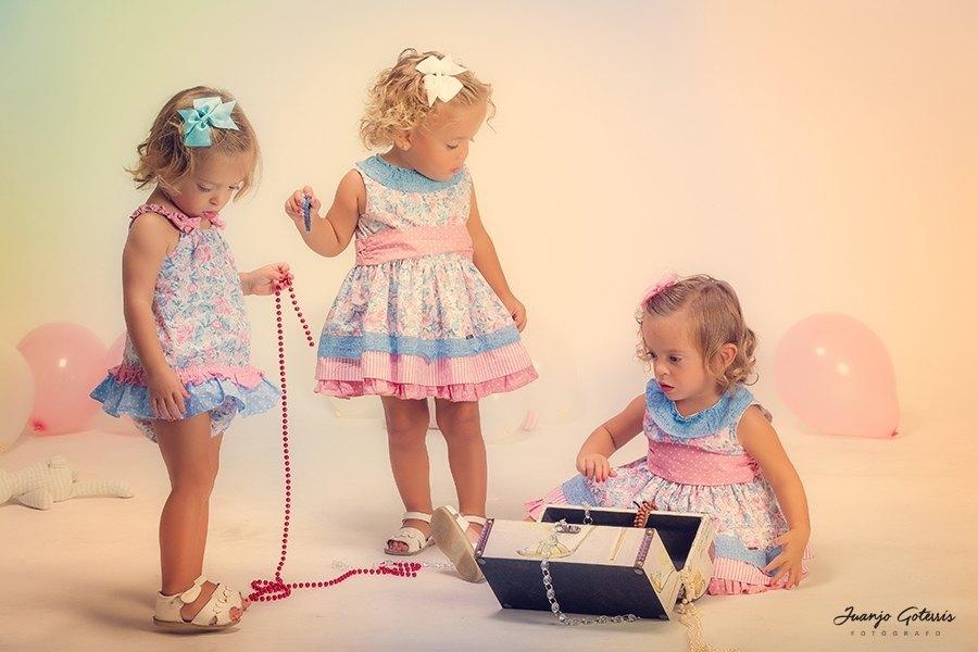 fotos-bebes-en-estudio-con-trillizas